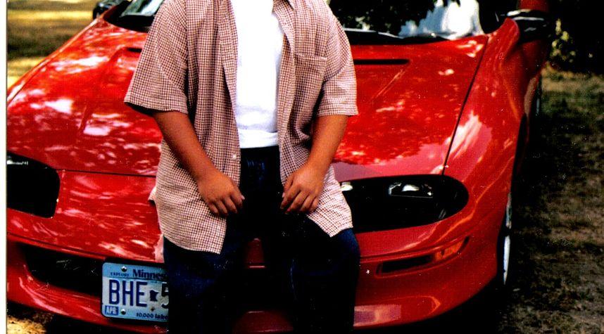 Main photo of Leon Klimek's 1994 Chevrolet Camaro