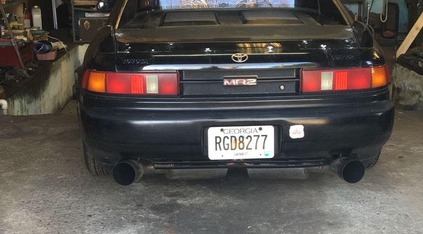 Main photo of Mudassir Uddin's 1991 Toyota MR2