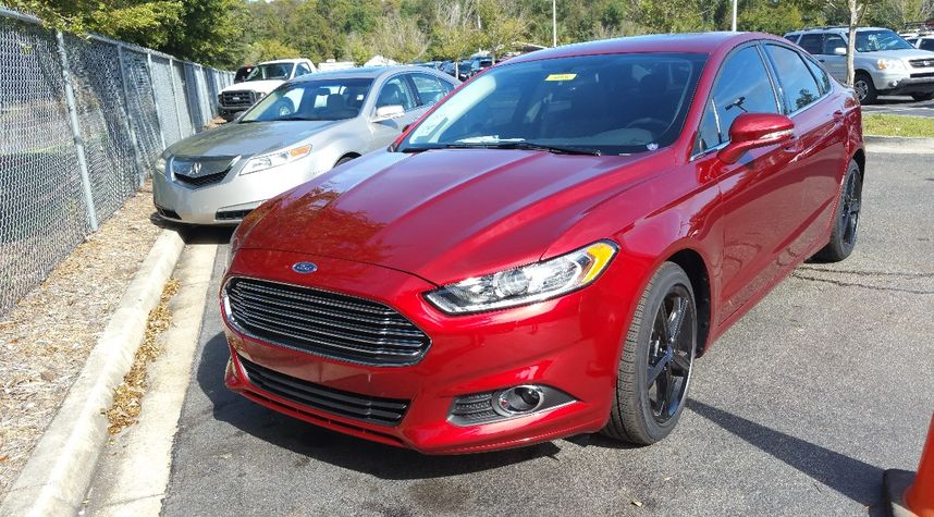Main photo of Edwin Ladley's 2016 Ford Fusion