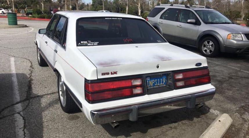Main photo of Jasen Ross's 1985 Ford LTD