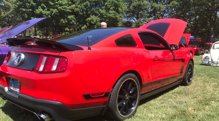 Main photo of Christopher Dykstra's 2012 Ford Mustang