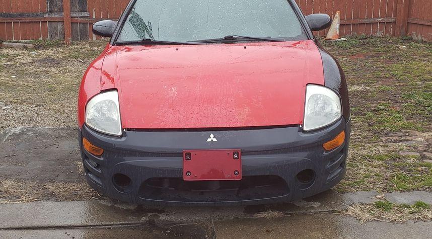 Main photo of Dominique Butts's 2003 Mitsubishi Eclipse