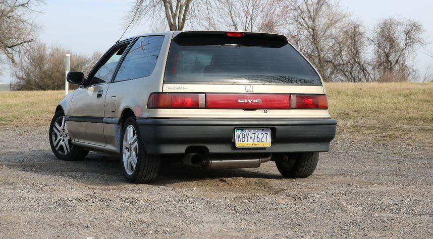 Main photo of Zack Hyatt's 1990 Honda Civic
