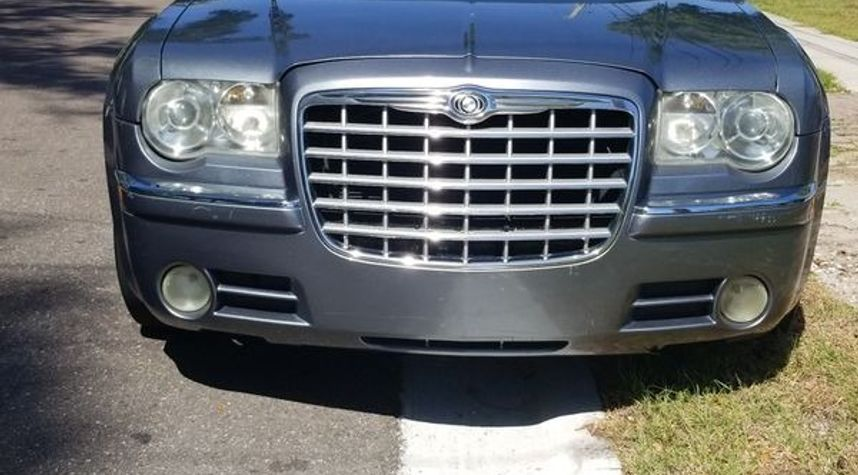 Main photo of Johnny  Chargedup's 2006 Chrysler 300