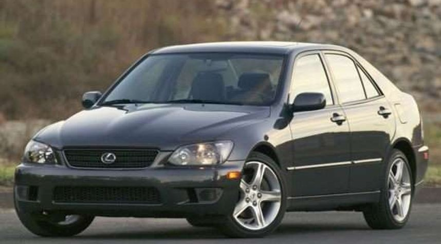 Main photo of Josh Ambala's 2004 Lexus IS 300