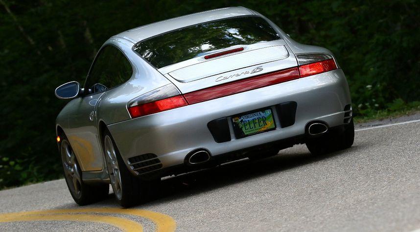 Main photo of Trey Harper's 2004 Porsche 911