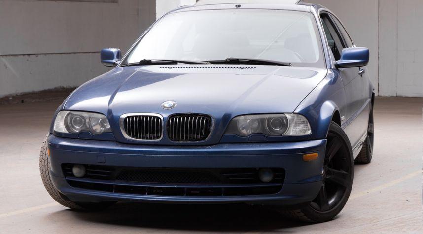 Main photo of Nathan Van Egmond's 2000 BMW 3 Series