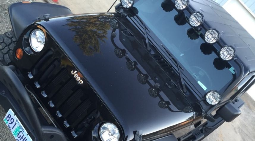 Main photo of Mike Glizin's 2013 Jeep Wrangler