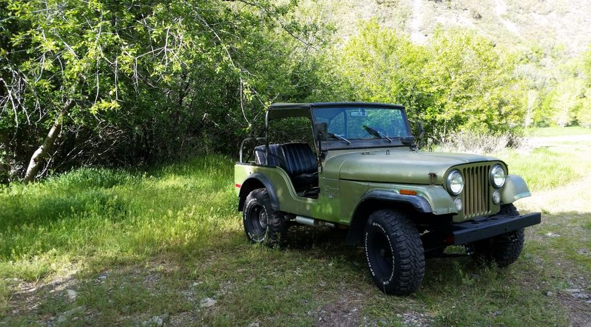 Main photo of Zach Flippo's 1972 Jeep CJ-5