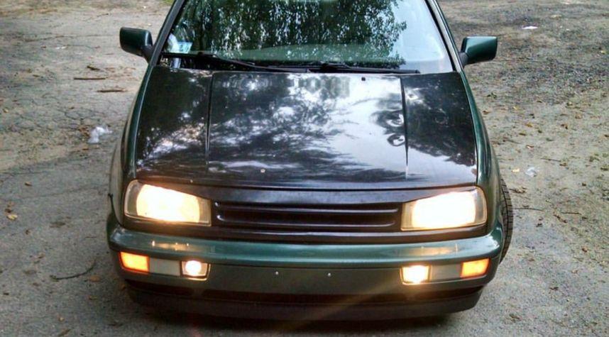 Main photo of Sean Ouellette's 1998 Volkswagen Jetta