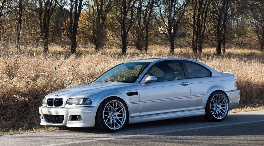 Main photo of Dylan Annoye's 2002 BMW M3