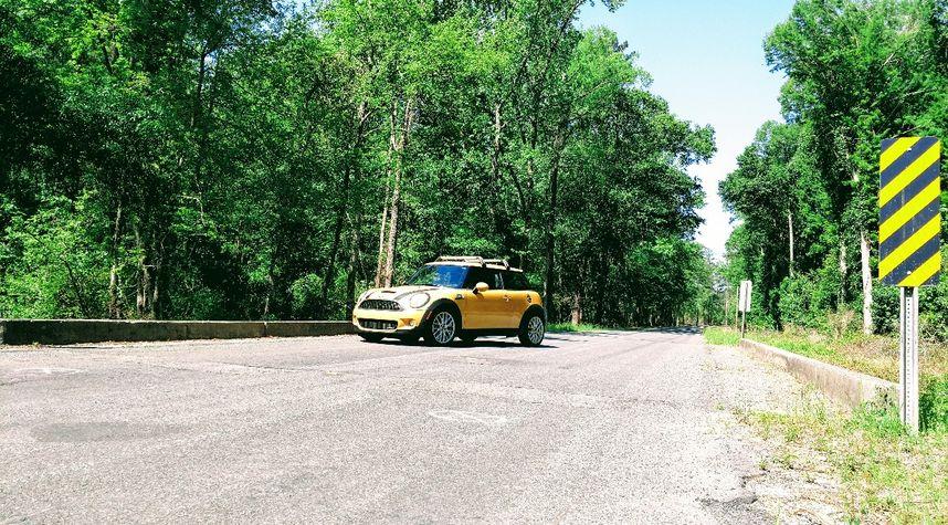 Main photo of Eddie Rourk's 2009 MINI Cooper