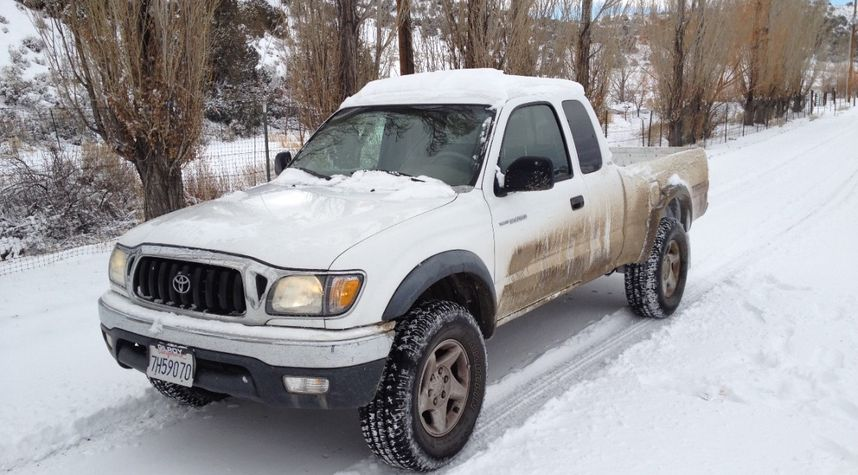 Main photo of Eric Maas's 2004 Toyota Tacoma
