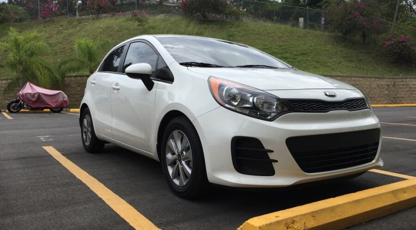 Main photo of Fabio Vassallo's 2016 Kia Rio