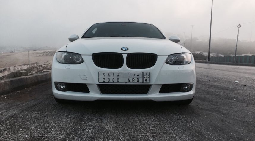 Main photo of Ameer AK's 2007 BMW 3 Series