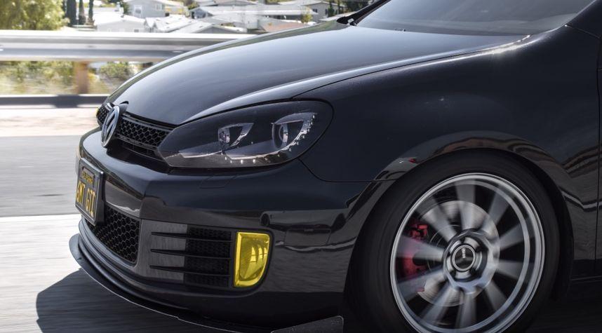 Main photo of Wessley Manning's 2012 Volkswagen GTI