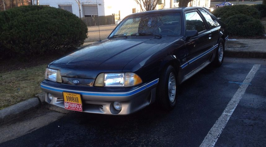 Main photo of Trice Burgess's 1989 Ford Mustang