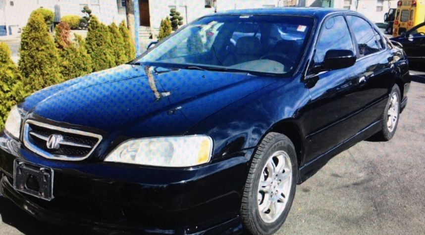 Main photo of Winson Xu's 2003 Acura TL