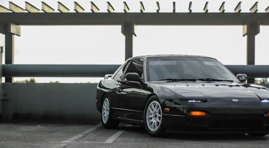 Main photo of Mikey Wiens's 1993 Nissan 240SX