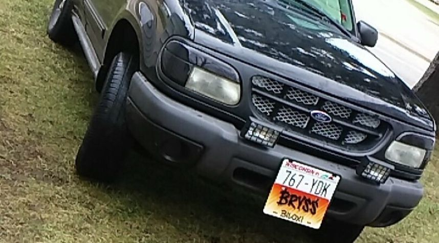 Main photo of Bryss Shover's 1999 Ford Explorer