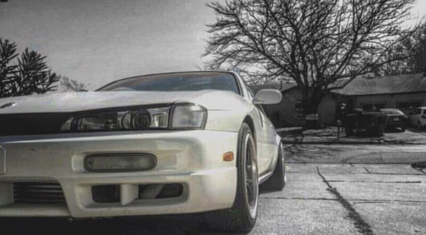 Main photo of Tommy Luu's 1997 Nissan 240SX