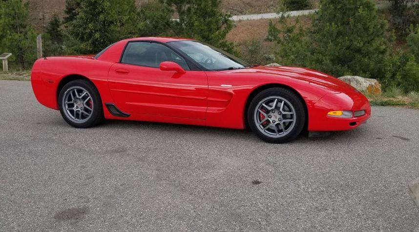 Main photo of Travis Stubbings's 2001 Chevrolet Corvette