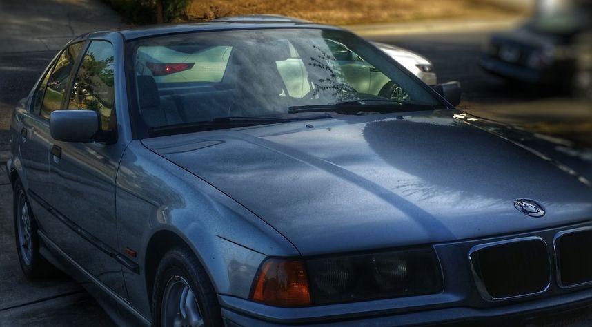 Main photo of Jose Herrera's 1997 BMW 3 Series