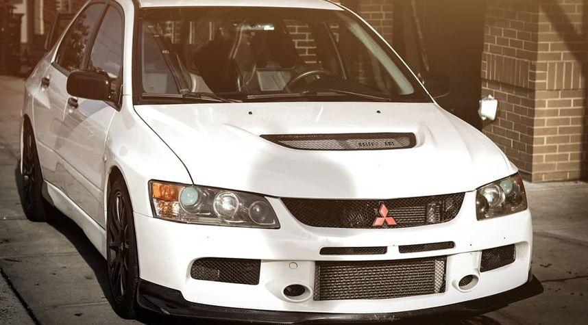 Main photo of Kevin Trifaro's 2006 Mitsubishi Lancer Evolution