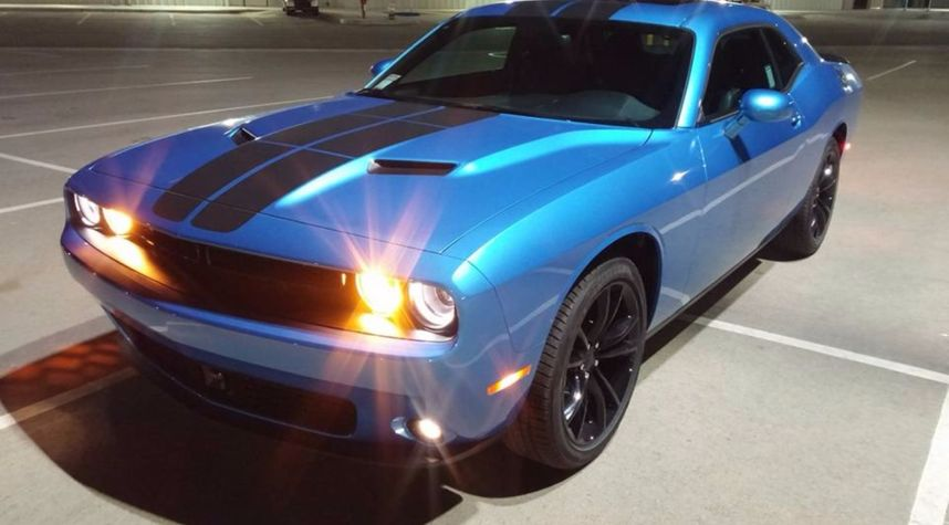 Main photo of Eric Krause's 2016 Dodge Challenger