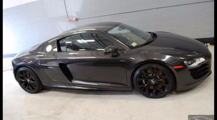 Main photo of Todd Pease's 2011 Audi R8
