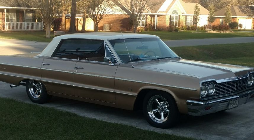 Main photo of Travis N's 1964 Chevrolet Impala