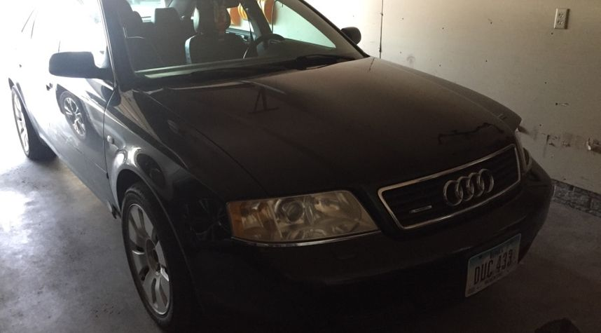 Main photo of Ryan Soltwedel's 2000 Audi A6