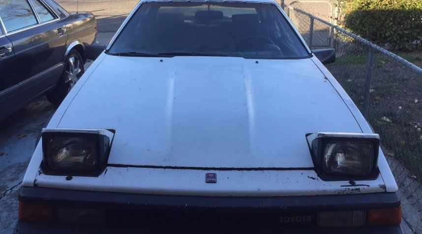 Main photo of Daniel Tate's 1984 Toyota Celica