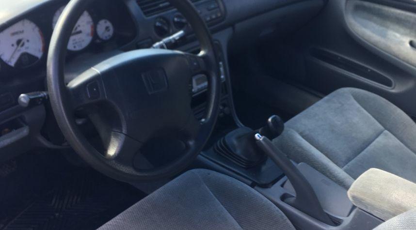 Main photo of Justin Coyle's 1997 Honda Accord