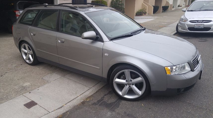 Main photo of Alex Georgopoulos's 2004 Audi A4