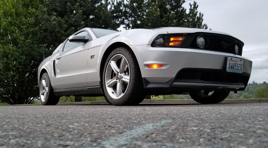 Main photo of Bill Gowland's 2010 Ford Mustang