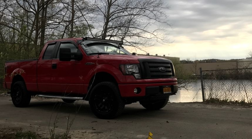 Main photo of Brandon Dayton's 2010 Ford F-150