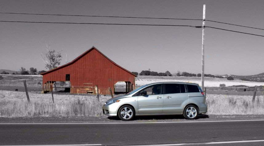 Main photo of Rob SR's 2006 Mazda MAZDA5