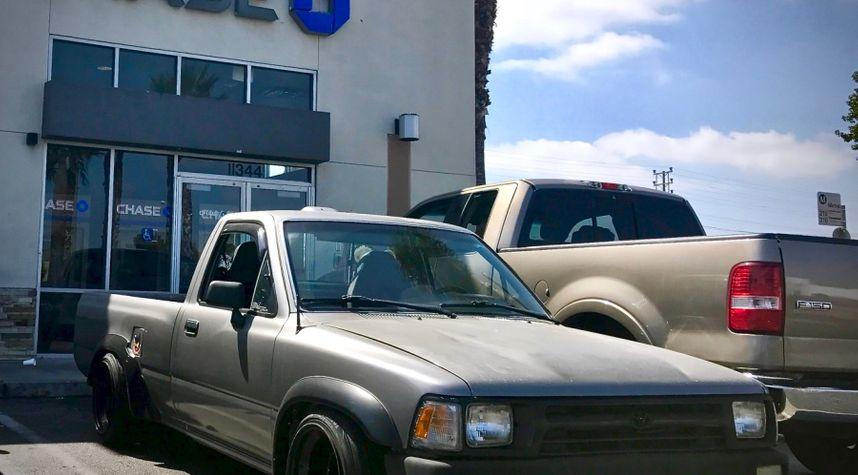Main photo of Mark Wicker's 1994 Toyota Pickup