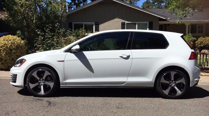 Main photo of Scott Wong's 2015 Volkswagen Golf GTI