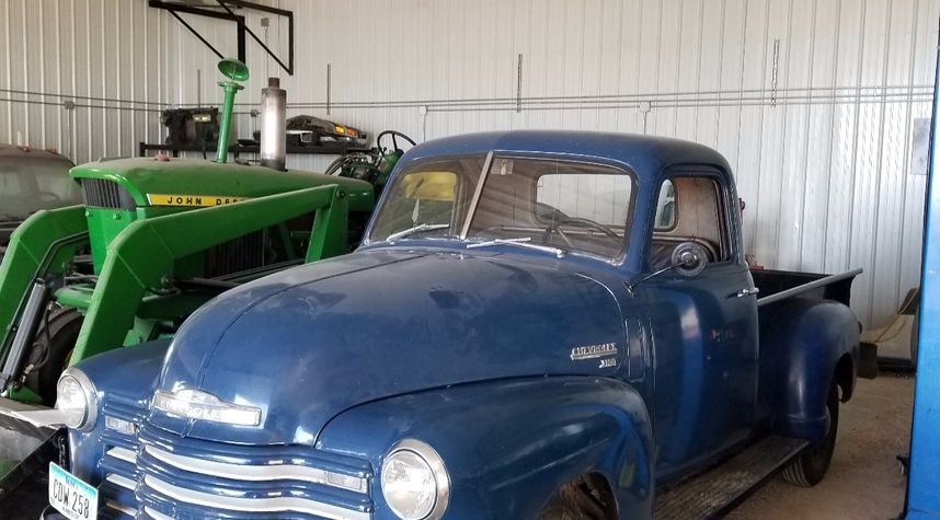 Main photo of Ed Burt's 1950 Chevrolet 3100