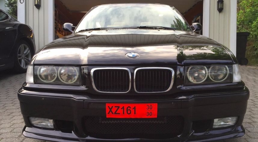 Main photo of William Thomas's 1999 BMW 318