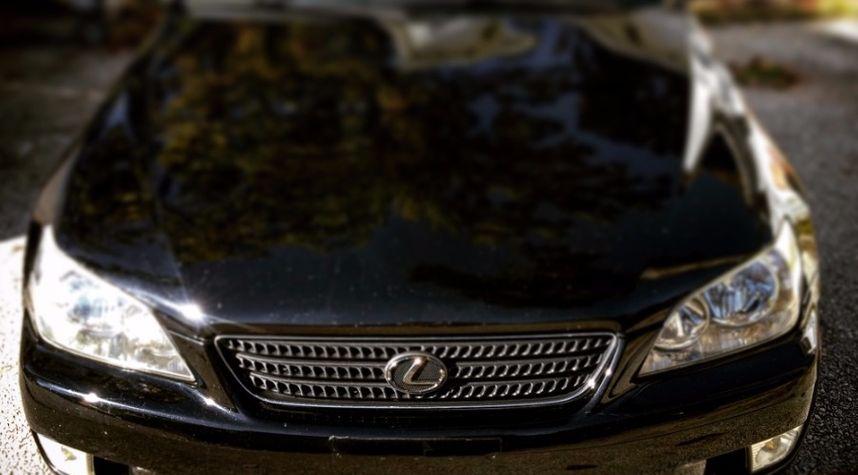 Main photo of Garrett Martin's 2002 Lexus IS 300