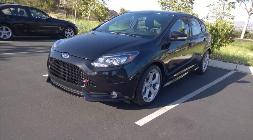 Main photo of Garrett Davis's 2014 Ford Focus ST