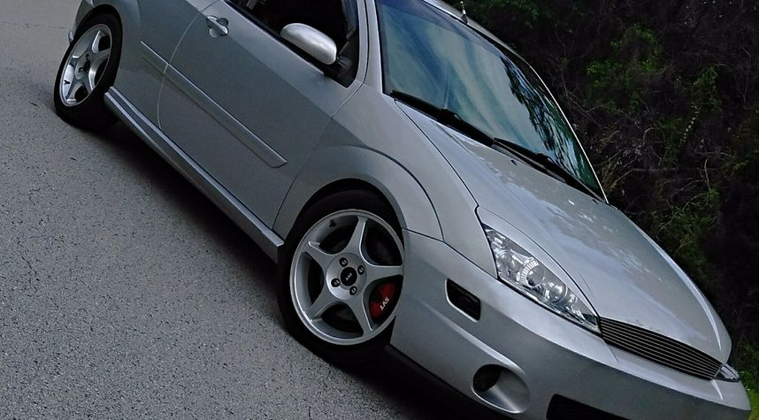 Main photo of Blake Ross's 2003 Ford Focus
