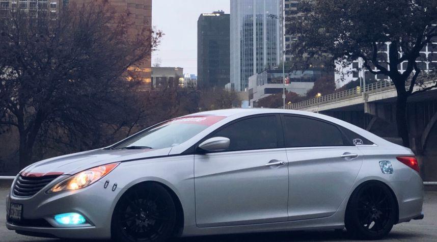 Main photo of Alexander Lee's 2013 Hyundai Sonata