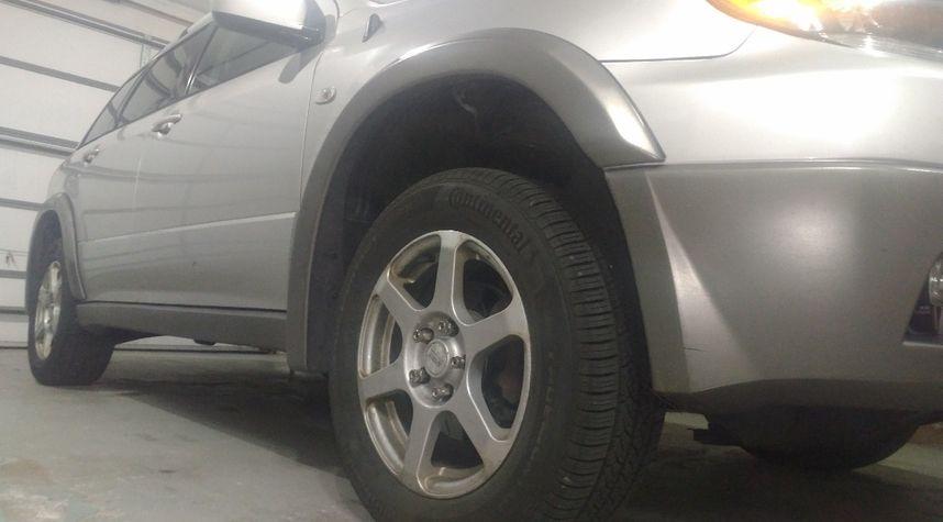 Main photo of Andrew Esquivel's 2003 Mitsubishi Outlander