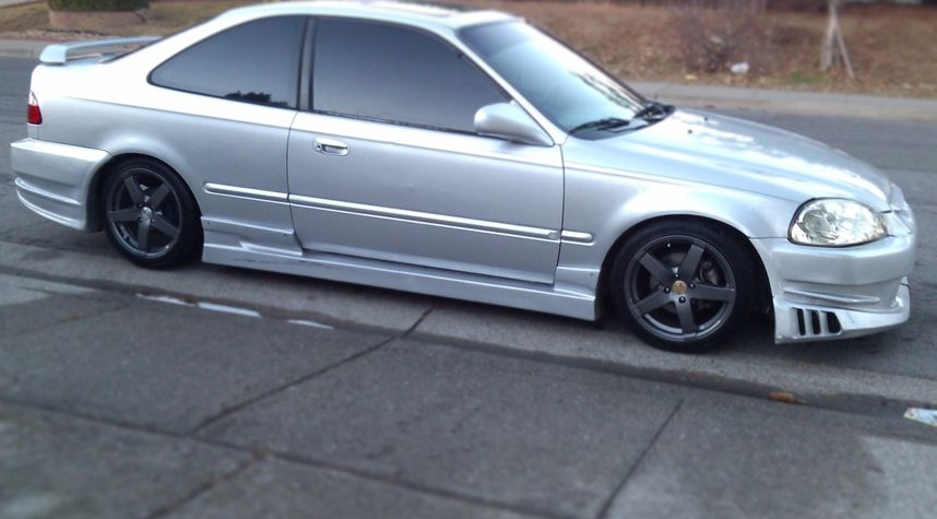Main photo of Vince Arcelo's 1998 Honda Civic
