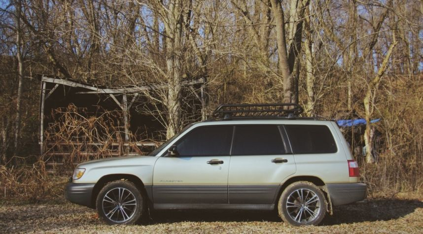 Main photo of Hunter Vinup's 2001 Subaru Forester
