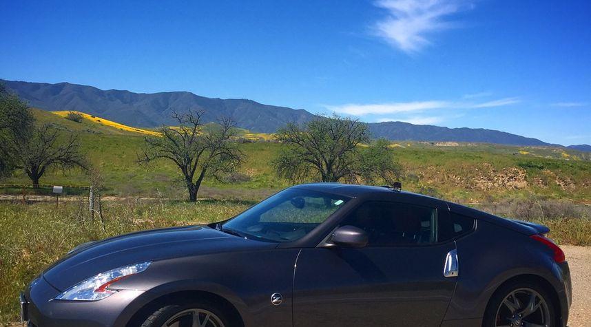 Main photo of Brandon Leigh's 2010 Nissan 370Z